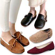 Women's flats / loafers / oxford / tassle collection